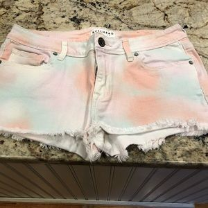 3 pairs of Bullhead Denim Company Shorts (3)